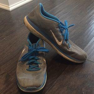 Nike Flex 2016 Run men's sz 11 Used